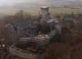 zamek niesytno jak feniks z popiołów